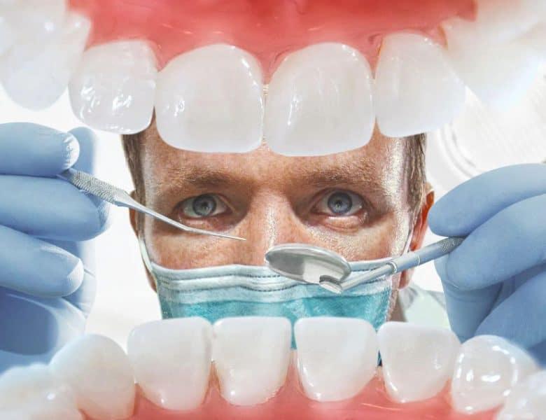 Diş Telini İstemeyenlere Özel Şeffaf Plak Tedavisi